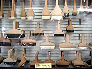 Japanese kitchen toolkit for Traditional kitchen equipments